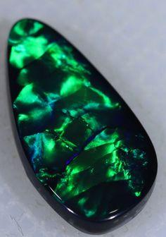 2.20Cts Lightning Ridge Opal [Go8]