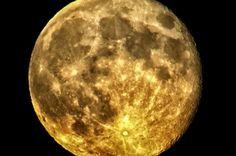 Why We Should Mine The Moon | IFLScience