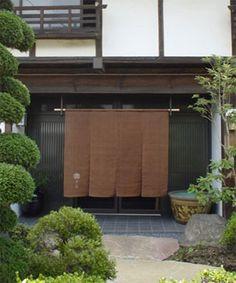 無地ベースのれん:麻と柿渋染め・草木染めのみつる工芸