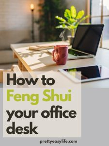 Feng Shui Your Office, Feng Shui Your Desk, How To Feng Shui Your Home, Feng Shui Energy, Life Affirming, Red Candles, Good Energy, Small Office, Home Office Desks