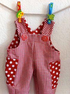 Summerdress and pants – Artofit Baby Dress Patterns, Baby Clothes Patterns, Clothing Patterns, Clothing Styles, Doll Patterns, Sewing Patterns, Bitty Baby Clothes, Girl Doll Clothes, Sewing For Kids