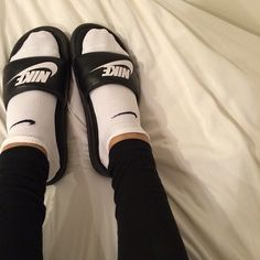 2014 cheap nike shoes for sale info collection off big discount.New nike roshe run,lebron james shoes,authentic jordans and nike foamposites 2014 online. Socks Outfit, Nike Sandals, Nike Free Runners, Nike Slides, Nike Shoes Outlet, Sporty Chic, Ankle Socks, Shoe Closet, Sock Shoes