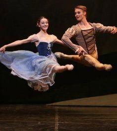 """★★★★★ Insuperata e intramontabile la """"Giselle"""" del Teatro alla Scala @teatroallascala"""