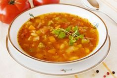 Dr. Oz's Belly-Blasting New Year's soup. @Sara Hampton...meatless..belly-blasting. Woot.