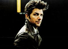 Adam Scott <3 I like his face.    (Honest, I did not write the sentence above but I totally agree.)
