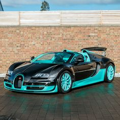Our previous full carbon bodied and a total one off Bugatti Veyron Grand Sport Vitesse! Our previous full carbon bodied and a total one off Bugatti Veyron Grand Sport Vitesse! Bugatti Veyron, Bugatti Cars, Luxury Sports Cars, My Dream Car, Dream Cars, Fancy Cars, Top Cars, Car Wallpapers, Amazing Cars