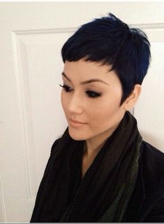 Stunning cut from The Cut Life! Team short hair