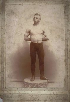 Hot Vintage Men: The Handsome Young Boxer Vintage Pictures, Vintage Images, Vintage Men, Photo B, Man Photo, Boxer, Barbary Coast, Pin Up, San Francisco