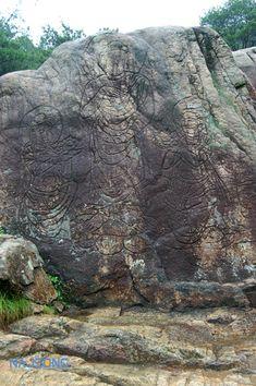 나정문화사 :: 서남산, 삼릉계곡 선각육존불 Gyeongju, Half Dome, Korean, Mountains, Nature, Travel, Naturaleza, Viajes, Korean Language