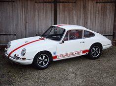 #Porsche #911R
