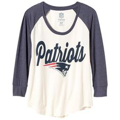 Old Navy Womens NFL Team Tee ($28) ❤ liked on Polyvore featuring tops, t-shirts, old navy tops, raglan tee, logo t shirts, fitted tops and jersey t shirts