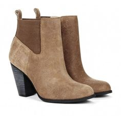 Perfect boots for the chilly season
