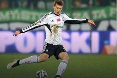Dự kiến hôm nay 16/1, cầu thủ mới 17 tuổi người Ba Lan, Krystian Bielik, sẽ tới London kiểm tra y tế trước khi ký hợp đồng với Pháo thủ. http://lichthidau.com.vn/ngoai-hang-anh-anh.html http://cliphot.vn