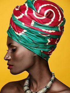 Attaché foulard Black Women Art, Beautiful Black Women, Black Girls, African Beauty, African Women, African Fashion, Head Wrap Headband, Head Wrap Scarf, Turbans
