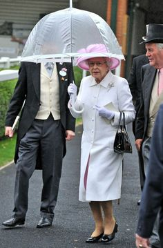Queen Elizabeth II Photos - Day Two of the 2011 Royal Ascot. - Day Two of Royal Ascot 2011