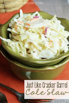Just Like Cracker Barrel Coleslaw - A copycat version of Cracker Barrel's famous cole slaw - enjoyed at home! Perfect for your next BBQ or picnic! Barrel Old Country Store Restaurant Recipes, Dinner Recipes, Dessert Recipes, Party Recipes, Desserts, Cracker Barrel Recipes, Creamy Coleslaw, Soup And Salad, Salad Bar