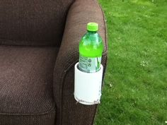 Picture of Pvc Cup Holder Boat Cup Holders, Drink Holder, Bike Water Bottle, Water Bottle Holders, Pvc Chair, Party Barge, How To Make Water, Pvc Pipe, Couch