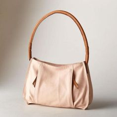 CLARISSA BAG - Our soft leather bag is perfectly neutral, accented with contrasting leather handles.