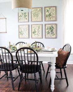 Black + white + botanicals = ❤️ Thanks for inviting us into your farmhouse #diningroom, @lionandlantern! {link in profile to shop} #jossfind #farmhouse #homedecor