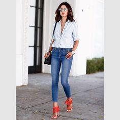 Pin for Later: So tragt ihr Jeans auf Jeans richtig Denim auf Denim Street Style
