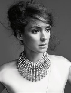5 cose che - Simply V. Winona Ryder Style, Winona Forever, Angelina Jolie 1c59c01241a5