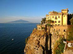 Sant Agnello - photo by Robbie Jim - wikimedia