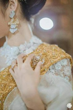Look Your Best With This Fashion Advice Stylish Dresses For Girls, Stylish Girls Photos, Stylish Girl Pic, Bridal Mehndi Dresses, Bridal Dress Design, Bridal Outfits, Dps For Girls, Pakistani Fashion Party Wear, Bridal Photoshoot