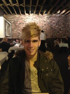 Colton Dixon being two-face