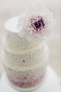 Inspired by Miss Dior: Pretty Cakes from T-Bakes //  Images by André Teixeira from Brancoprata