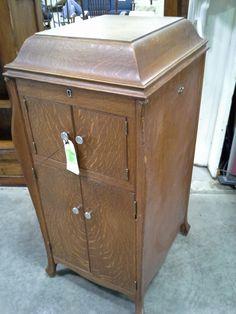 1913 Victrola cabinet   Old Soul   Pinterest   Phonograph, Diy ...