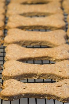 Peanut Butter and Banana Dog Biscuits Recipe