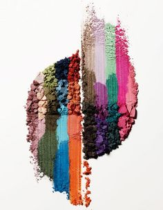 Les nouvelles marques à suivre, les dernières tendances des podiums, les rééditions de produits cultes… Rien n'échappe à nos rédactrices beauté ! http://www.elle.fr/Beaute/Maquillage/Tendances/Beauty-Buzz-les-coups-de-coeur-de-la-redac