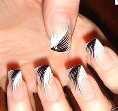 30 Prettiest Black and White Nail Art Designs Just for You ! | Feminiya
