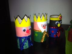 Los tres reyes magos con rollo de papel higiénico