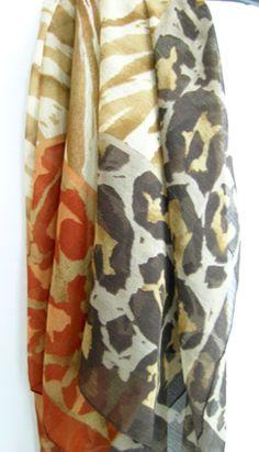 >> Pañuelo Foulard estampado tigre-leopardo. Tipo gasa - 86cm x 88cm
