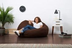 You can have a relaxing spot at the comfort of your home by using the best bean bag chairs. It offers ultimate comfort without the need of spending too much Bean Bag Storage, Oversized Bean Bags, Bean Bag Pattern, Cool Bean Bags, Bag Chairs, Fashion Bags, Memory Foam, Bean Bag Chair, Beans