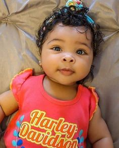 Happy Thursday everyone! Just in my feelings again. With lots of baby fever 😩❤️ look at my baby! Cute Mixed Babies, Cute Black Babies, Beautiful Black Babies, Cute Little Baby, Pretty Baby, Beautiful Children, Little Babies, Cute Babies, Mix Baby Girl