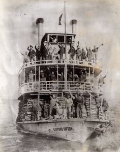 The Clifford Sifton bringing explorers and dreamers to the Yukon goldrush