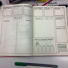 Check out these bullet journal weekly spread ideas for the key to help you setup your own bujo. Let these examples of other's doodles be your inspiration! Planner Bullet Journal, How To Bullet Journal, Bullet Journal Inspo, My Journal, Bullet Journals, Journal Pages, Agenda Planning, To Do Planner, Planner Pages