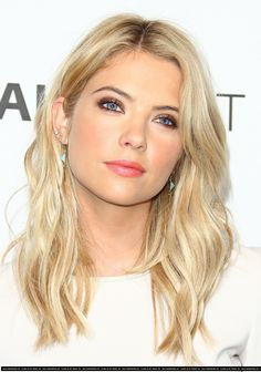 Ashley Benson overload, but she always has the best makeup! Love the platinum and gold mix of her hair.