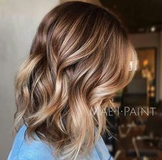 20 Balayage Ombre Short Haircuts , Who does not like balayage ombre short haircuts? Here are some ideas about it. Here are 20 Balayage Ombre Short Haircuts. Balayage hair is one of many. Brown To Blonde Balayage, Balayage Color, Brown Lob, Brown Hair To Blonde, Blonde With Brown Lowlights, Short Balayage, Caramel Balayage Bob, Light Brown Bob, Hair Trends
