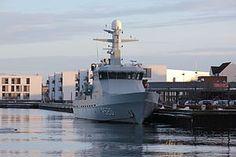 HDMS Diana es el primero de los seis buques de la Diana -Class construido para patrullar en las aguas territoriales danesas. El barco lleva el nombre de la diosa romana de la caza. Diana , al igual que todos sus gemelos, fue construido en Faaborg patio. [1]