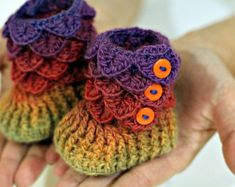 CROCHET PATTERN: Dragon Crocodile Stitch Booties (Baby Sizes) - Permission to Sell Finished Product