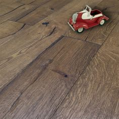 Factory Direct Flooring supply Loire Distressed Honey Oak Heavy Brushed Engineered Flooring at affordable prices. Flooring 101, Floating Floor, Engineered Wood Floors, Golden Oak, Underfloor Heating, Restaurant, Wood Species, Engineering, Honey