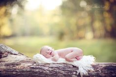 gorgeous setting and sweetest expression on baby's face Newborn Baby Photos, Baby Boy Photos, Newborn Shoot, Boy Pictures, Newborn Pictures, Infant Photos, Girl Pics, Outdoor Newborn Photography, Toddler Photography