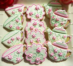 Etsy Transaction - One dozen Vintage inspired Tea Party Decorated Sugar Cookies lot of 12 Party Bridal Shower Favor Tea pot Fancy Cookies, Iced Cookies, Cute Cookies, Royal Icing Cookies, Sugar Cookies, Coffee Cookies, Teapot Cookies, Cookies Et Biscuits, Iced Biscuits