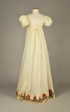 LOT 95 SHEER COTTON DRESS with YARN EMBROIDERY, c. 1815 - whitakerauction