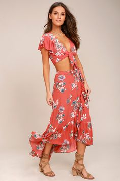 Frolic through the flower-filled fields in the Among the Flowers Rusty Rose Floral Print Two-Piece Dress! Gauzy rusty rose dress has a tying crop top and skirt.