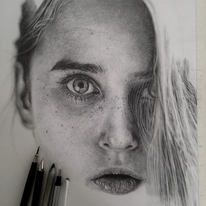 Stunning Photo Realistic Graphite Drawings by Monica Lee portraits photorealism hyperrealism graphite — Designspiration