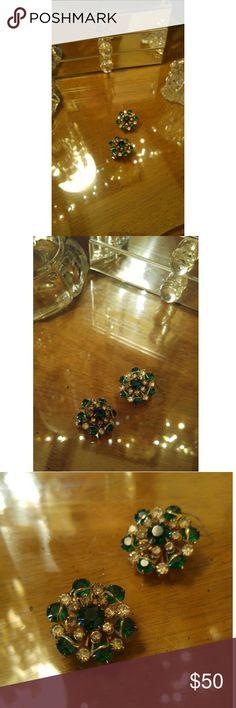 Vintage Rhinestone Earrings Gorgeous clip-ons. Vintage Jewelry Earrings